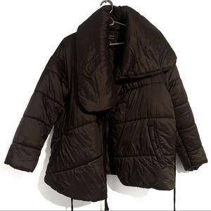 Puffer Coat Black Puffy With Ties and Pockets Sz M